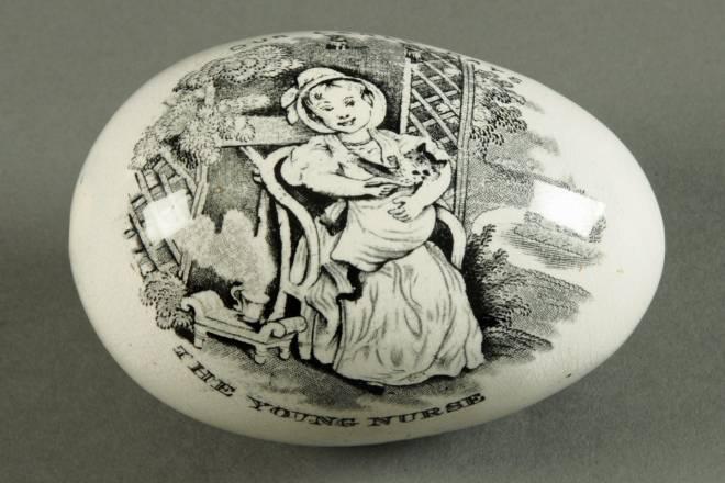 Whitehaven pottery darning egg